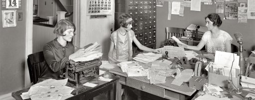 feature office girls 1920